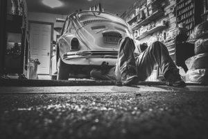 man-repair-under-car-6000x4000_26140